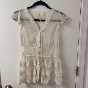 Adiva sheer lace caped  sleeved button V neck S S